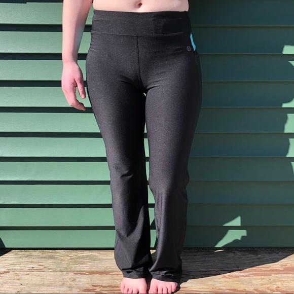 ed12312a5293b Vogo Athletica Yoga Pants - Black w/ Turquoise. M_5a9591b55512fd89108ccfee